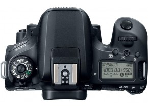 Canon EOS 77D 18-55 IS STM