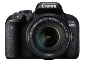 Canon EOS 800D 18-135 IS STM