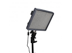 Aputure Amaran HR672C Bicolor LED Flood Light