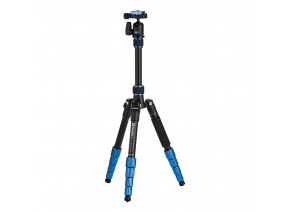 Benro FSL09AN00 Slim Travel Tripod